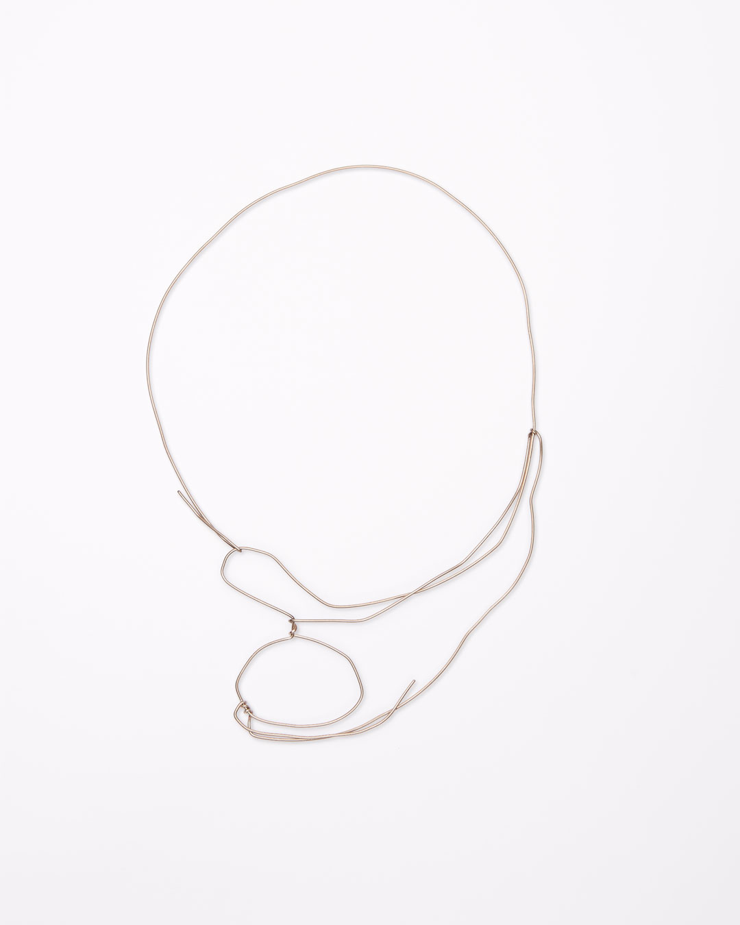 Iris Bodemer, Notizen (Notes), 2016, necklace; gold 585/000, 240 x 170 x 10 mm, €4000