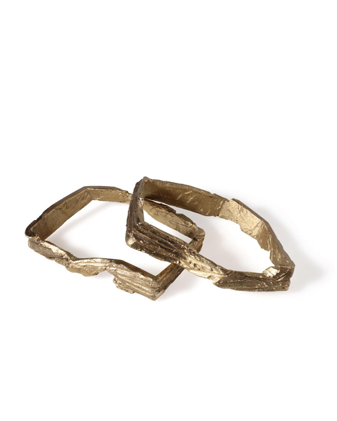 Juliane Brandes, zonder titel, 2013, armbanden; brons, 90 x 70 x 20 mm, €680