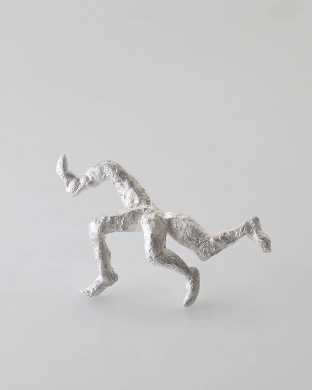 Juliane Brandes, Der Club, 2015, broche; zilver, 75 x 40 mm, €1460