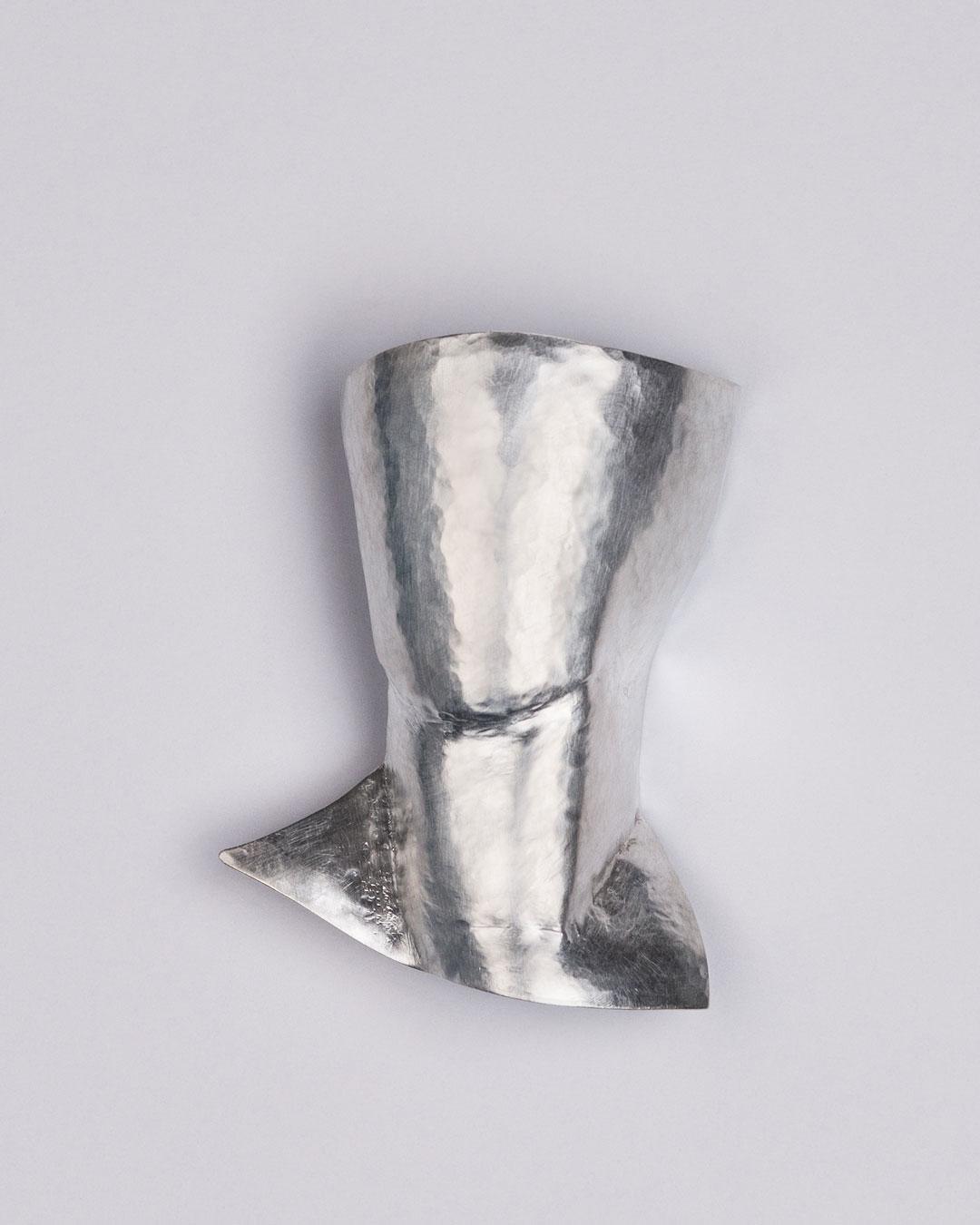 Antje Bräuer, Portrait, 2018, brooch; silver, steel, 56 x 40 x 17 mm, €1225