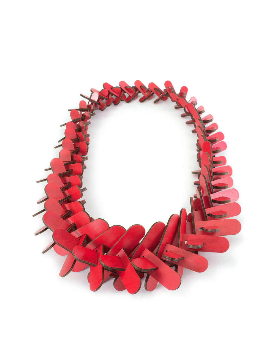 Rebecca Hannon, Tapered Crown-of-Thorns, 2016, neckpiece; laminate, 360 x 180 x 65 mm, €2910
