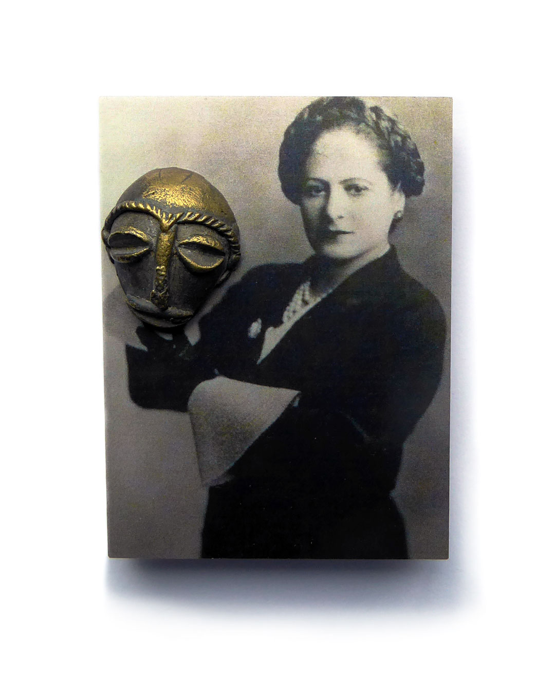 Herman Hermsen, The Mask, 2018, brooch; print on aluminium, wood, brass, 79 x 59 x 24 mm, €425