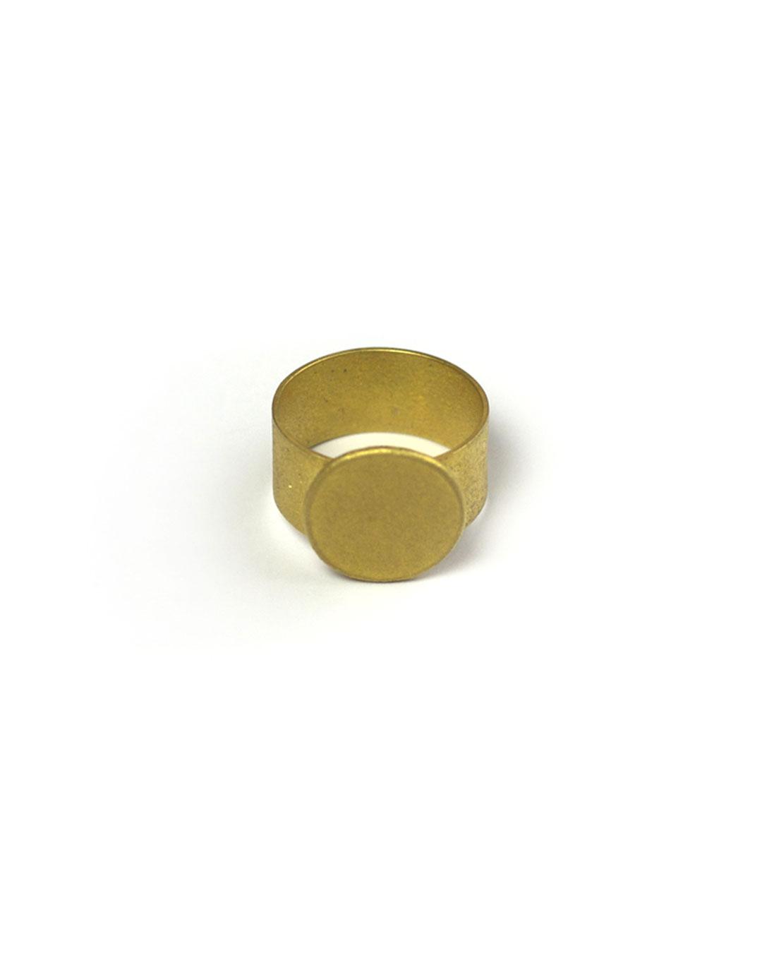 Karin Johansson, untitled, 2010, ring; 18ct gold, 21 x 19 x 19 mm, €2100
