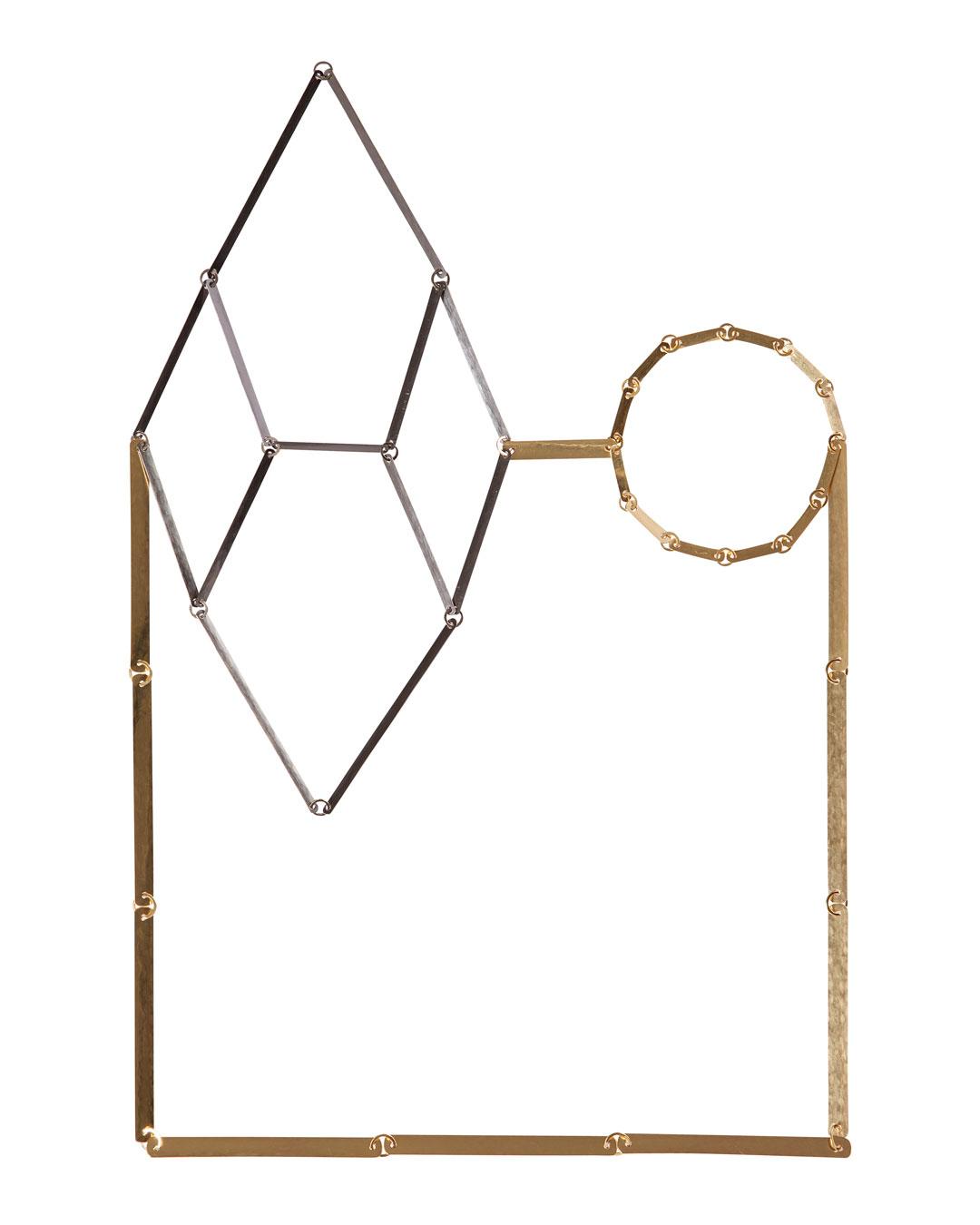 Annelies Planteijdt, Mooie Stad – Zwarte Kristal, 2015 (1/5), halssieraad; goud, tantalium, 180 x 270 mm, €8150 (afbeelding 1/2)