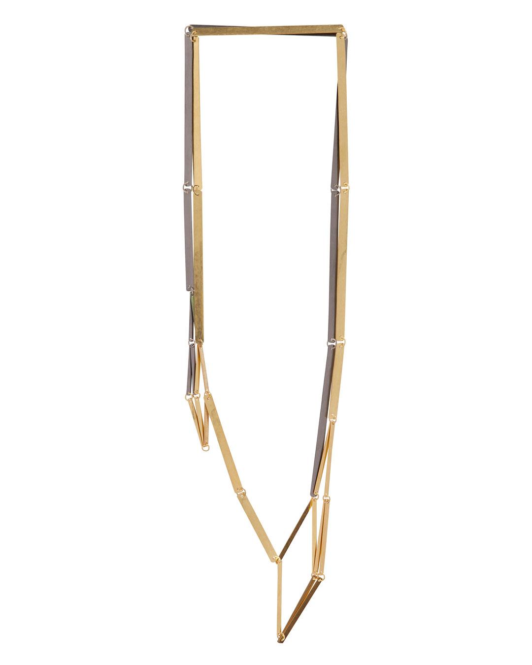 Annelies Planteijdt, Mooie stad – Collier en glaasjes (Mooie Stad - Halssieraad en Glazen), 2017, collier; goud, tantalium, pigment, 180 x 360 mm, €8875 (afbeelding 2/3)