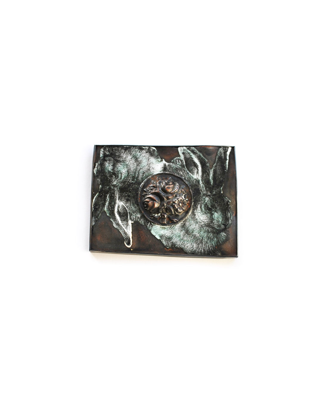 Vera Siemund, untitled, 2015, brooch; enamelled copper, silver, 80 x 65 x 9 mm, €850