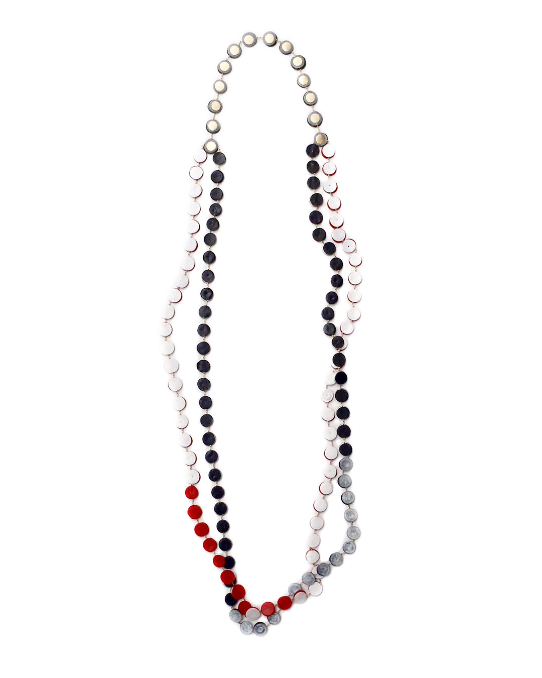 Karola Torkos, Small Changeable, 2018, necklace; plastic, silver, 490 x 50 x 2 mm, €540