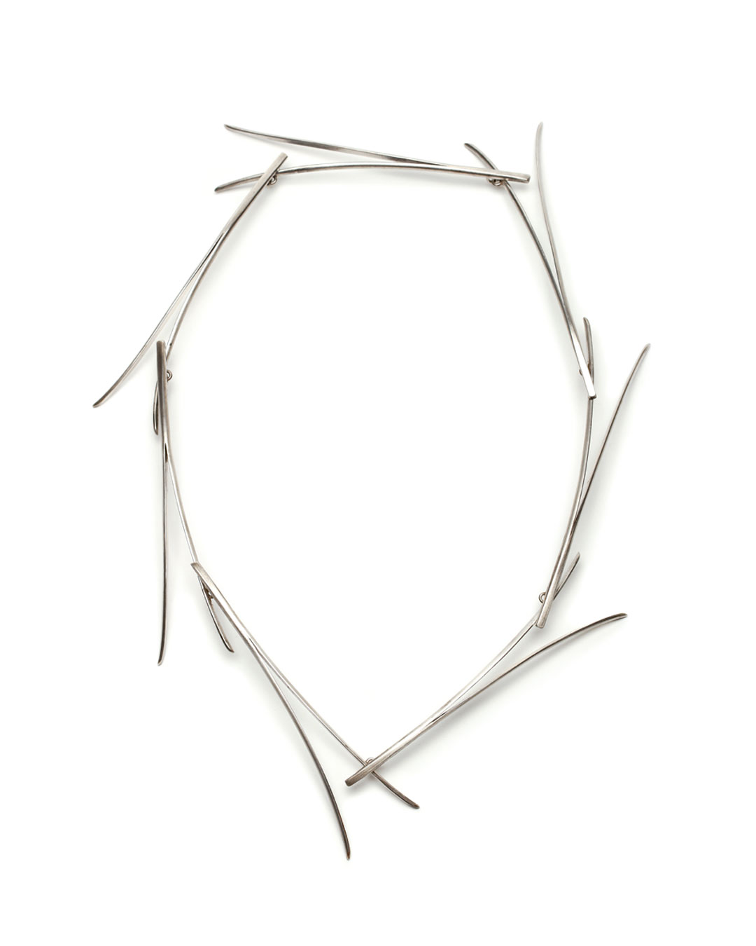 Silke Trekel, Föhren (Pines), 2016, necklace; silver, 320 x 235 x 20 mm, €3880