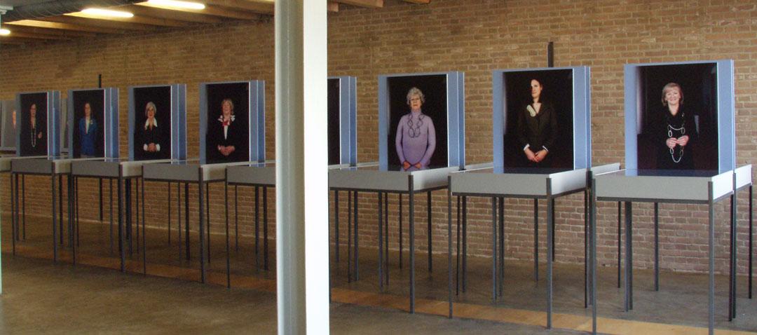 deel van de tentoonstelling Sieraden, de Keuze van het Europarlement, 2004