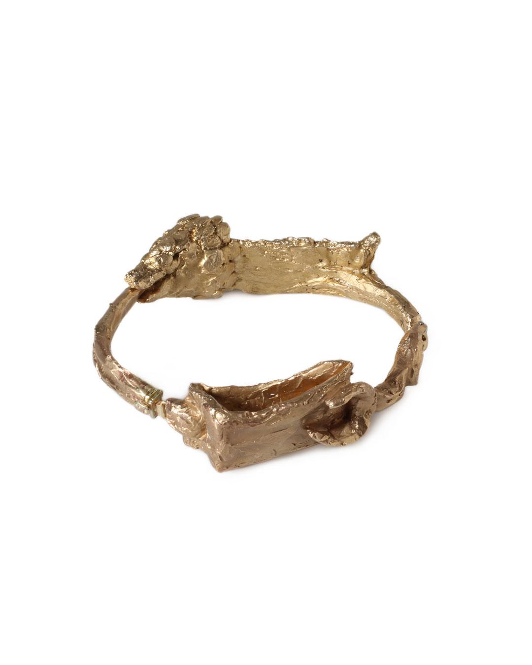 Juliane Brandes, zonder titel, 2013, armband; brons, 14 kt goud, 90 x 25 mm, €1950