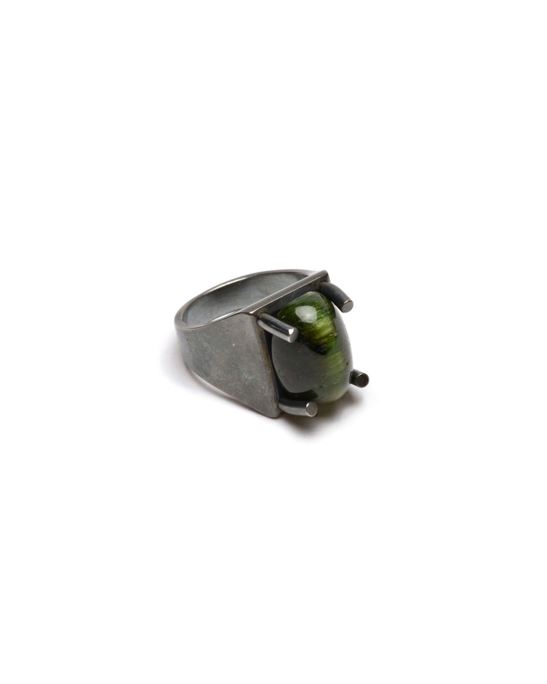 Ute Eitzenhöfer, untitled, 2010, ring; silver, tourmaline, 30 x 20 x 15 mm, €500