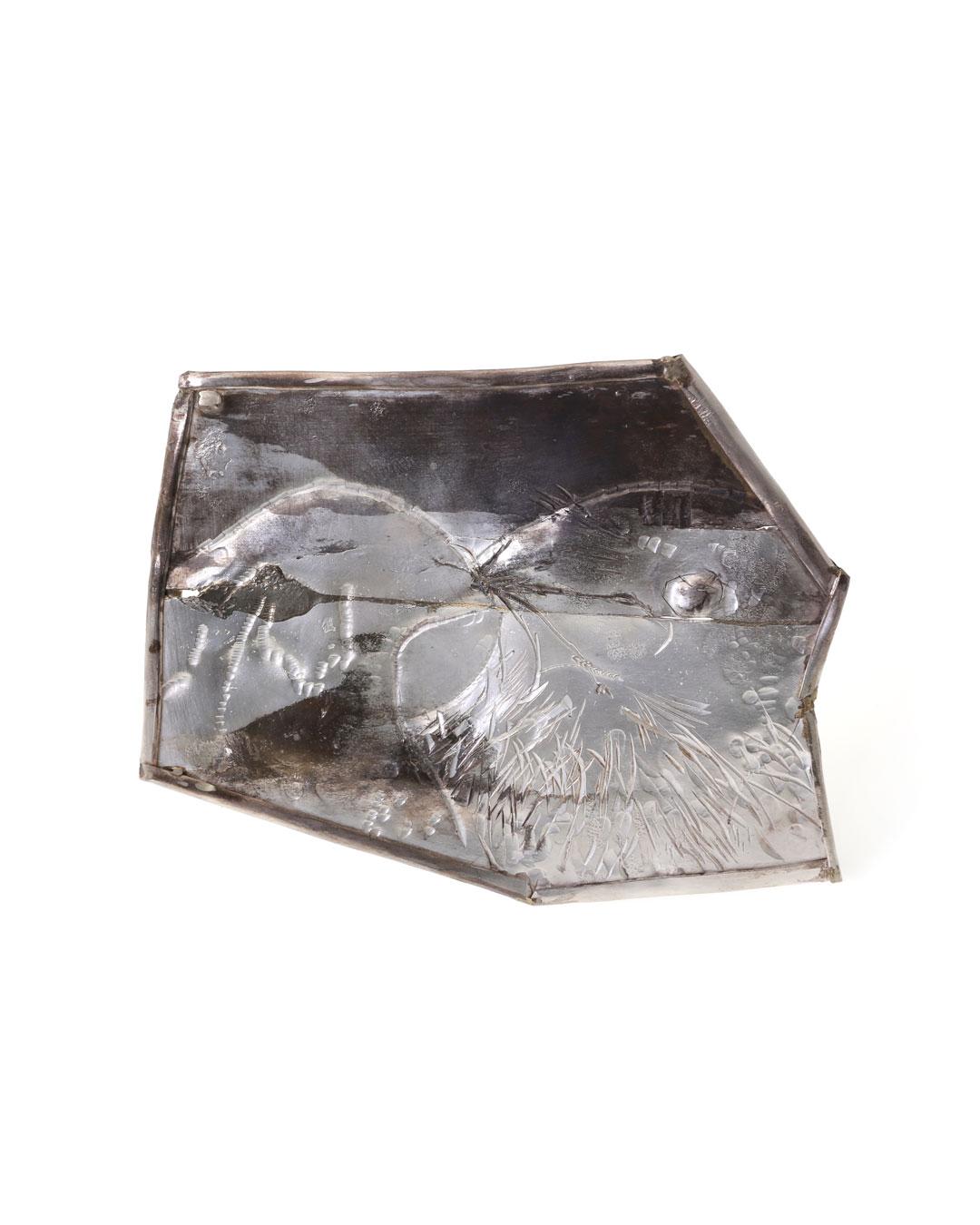 Rudolf Kocéa, Two Jackdaws (Twee Kauwtjes), 2017, broche; zilver, koper, 140 x 110 x 8 mm, €3000