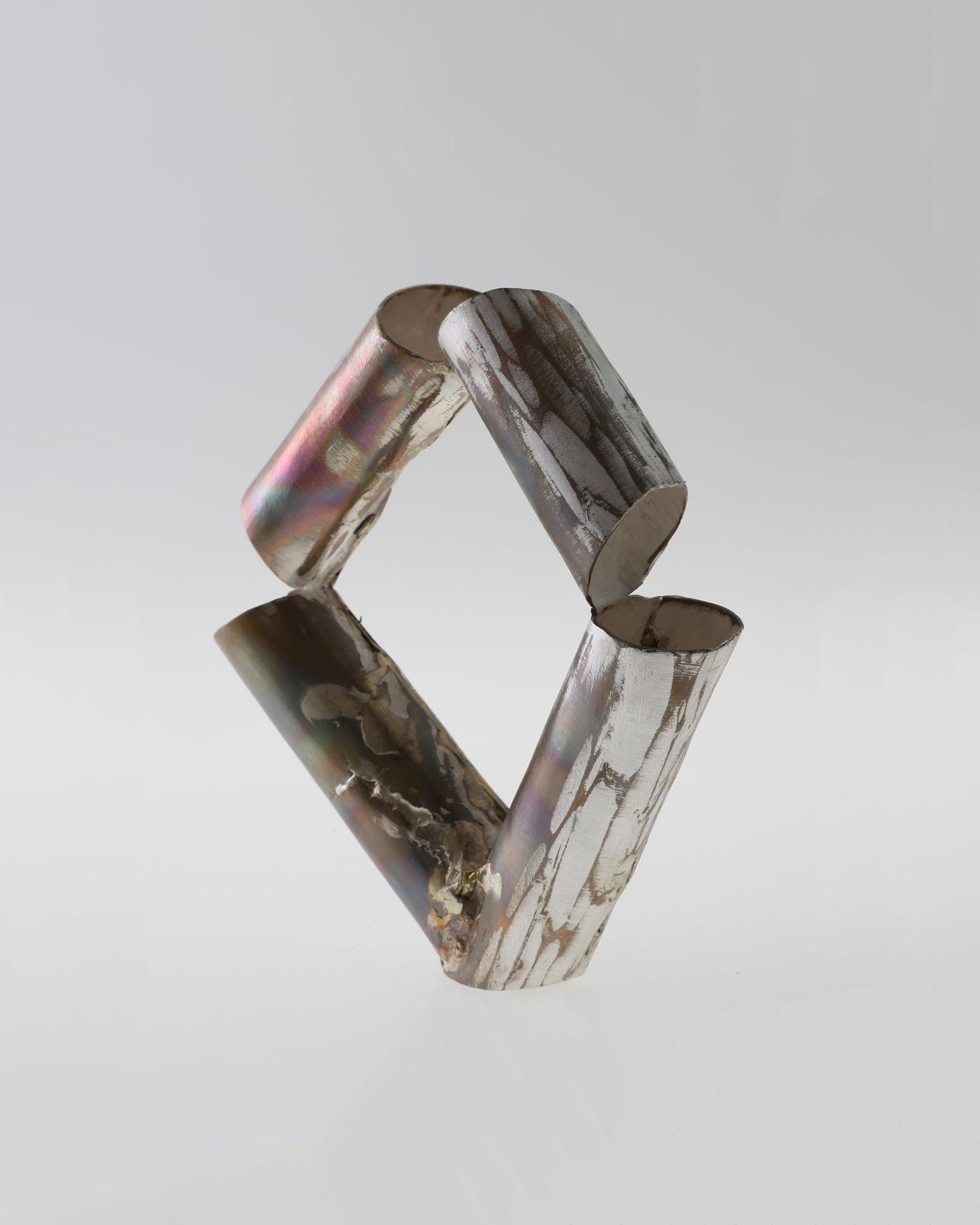 Rudolf Kocéa, Stücke 1 (Stukken 1), 2018, armband; zilver, koper, ø 60 mm, €2125