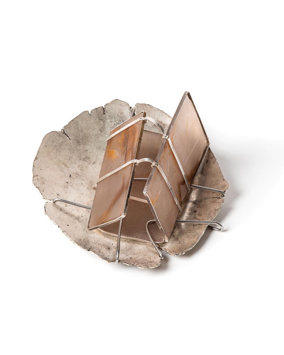 Rudolf Kocéa, Mirror, 2019, brooch; agate, silver (800), stainless steel, ø 110 mm, €3200