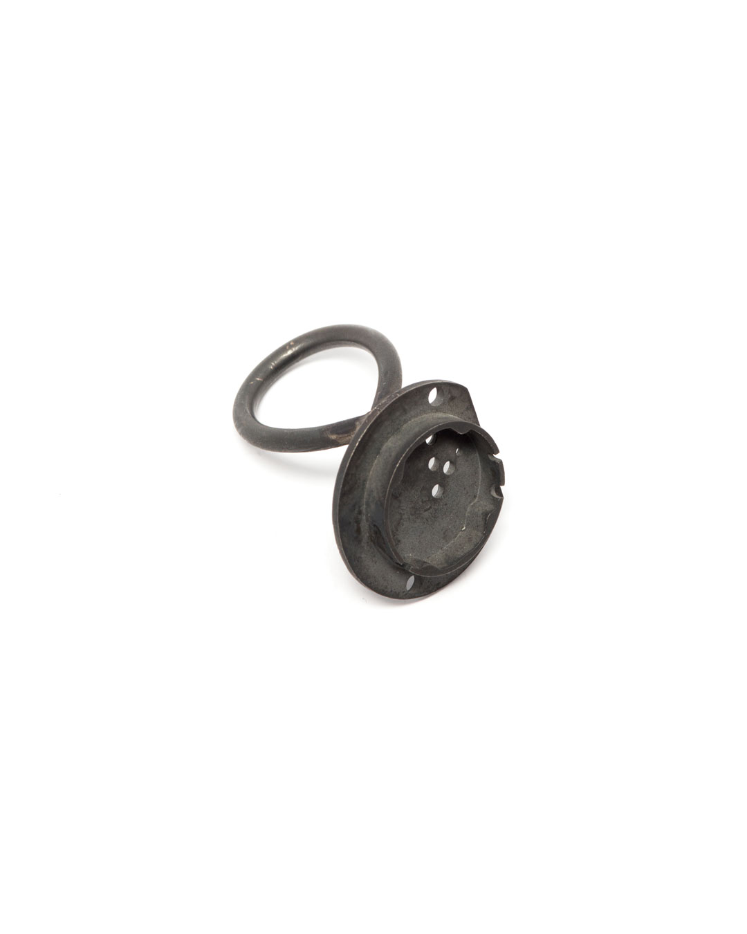 Winfried Krüger, untitled, 2008, ring; oxidised silver, ø 25 mm, €1090