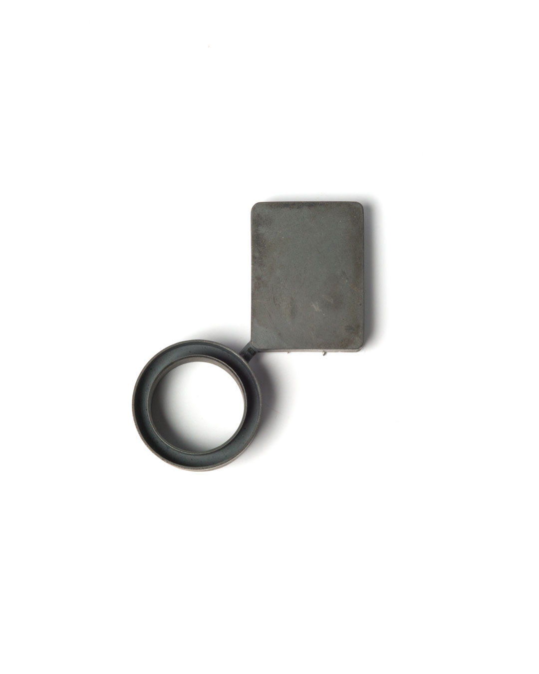 Winfried Krüger, untitled, 2010, brooch; oxidised silver, glass, 90 x 60 mm, €1940