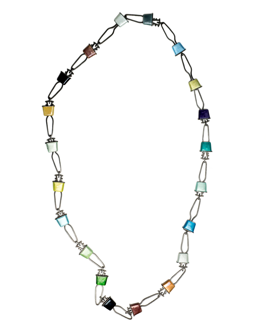 Winfried Krüger, untitled, 1997, necklace; oxidised silver, enamel, 520 x 145 mm, €2920