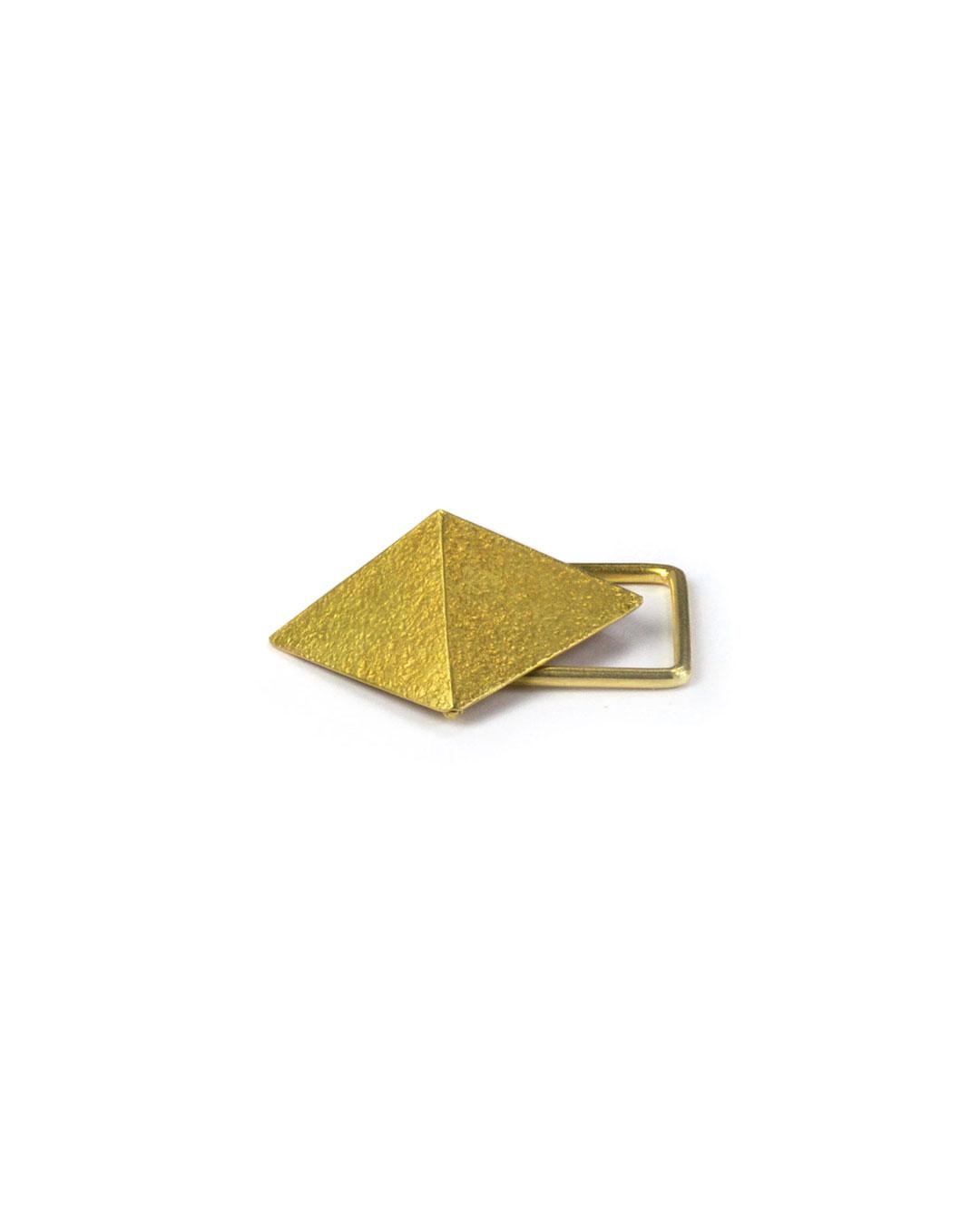 Okinari Kurokawa, untitled, 2007, ring; 20ct gold, stainless steel, 38 x 30 x 18 mm