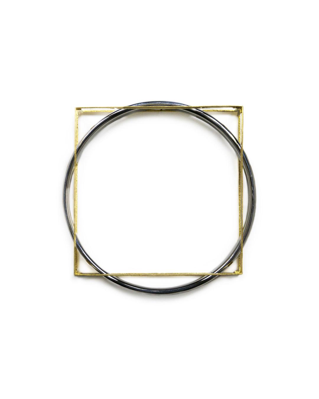 Okinari Kurokawa, untitled, 2012, bracelet; 20ct gold, stainless steel, 83 x 83 x 20 mm