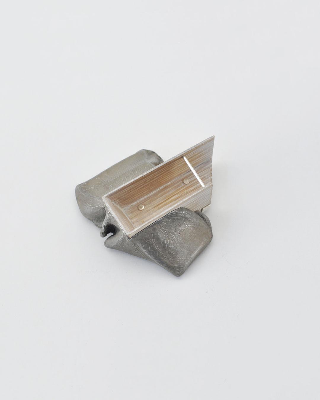 Anders Ljungberg, Declaration #5, 2019, brooch; aluminium, laminated oak, steel, silver, 112 x 113 x 35 mm, €920