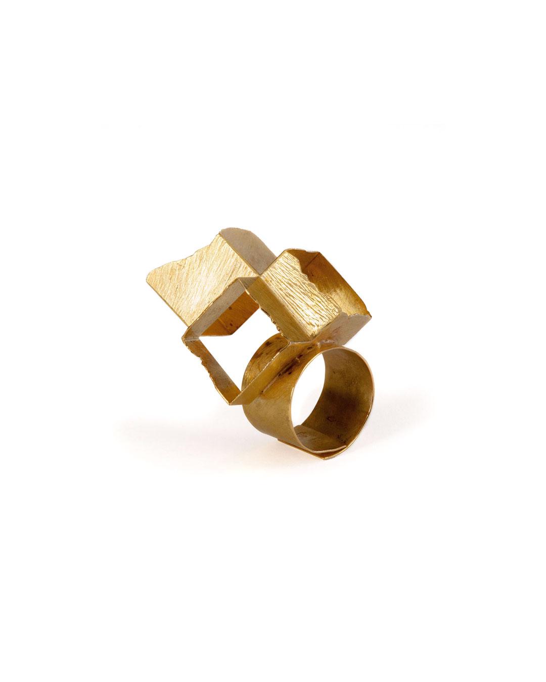 Stefano Marchetti, untitled, 2008, ring; gold, 50 x 30 x 30 mm, €3700