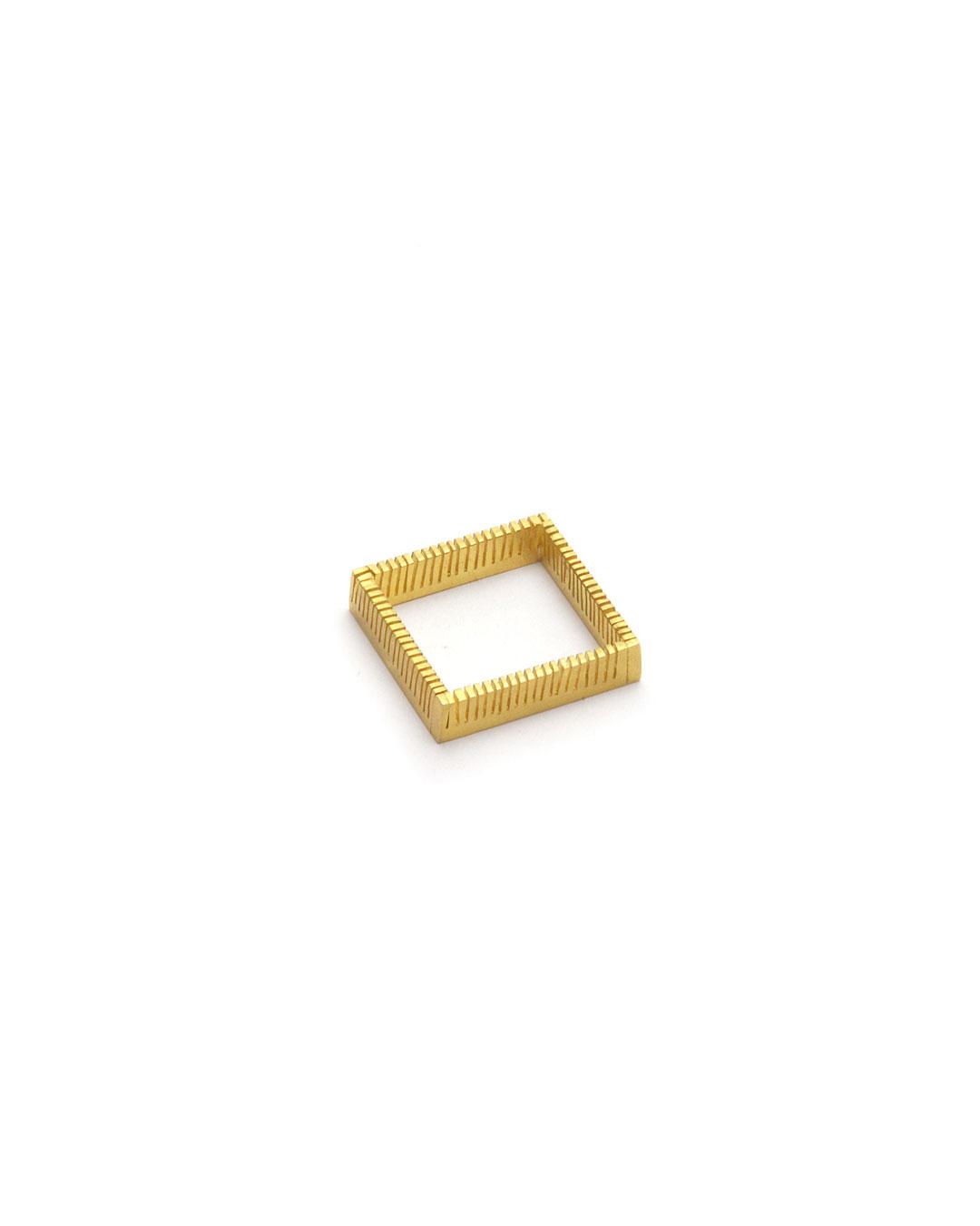 Stefano Marchetti, untitled, 2014, ring; gold, 22 x 22 x 4 mm, €3000