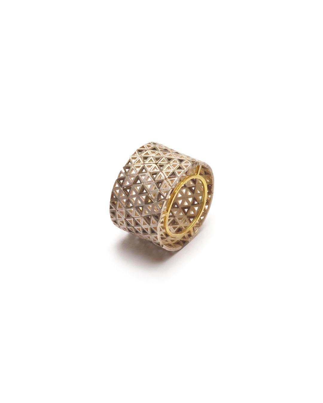 Stefano Marchetti, untitled, 2015, ring; gold, silver, 28 x 28 x 18 mm, €4000