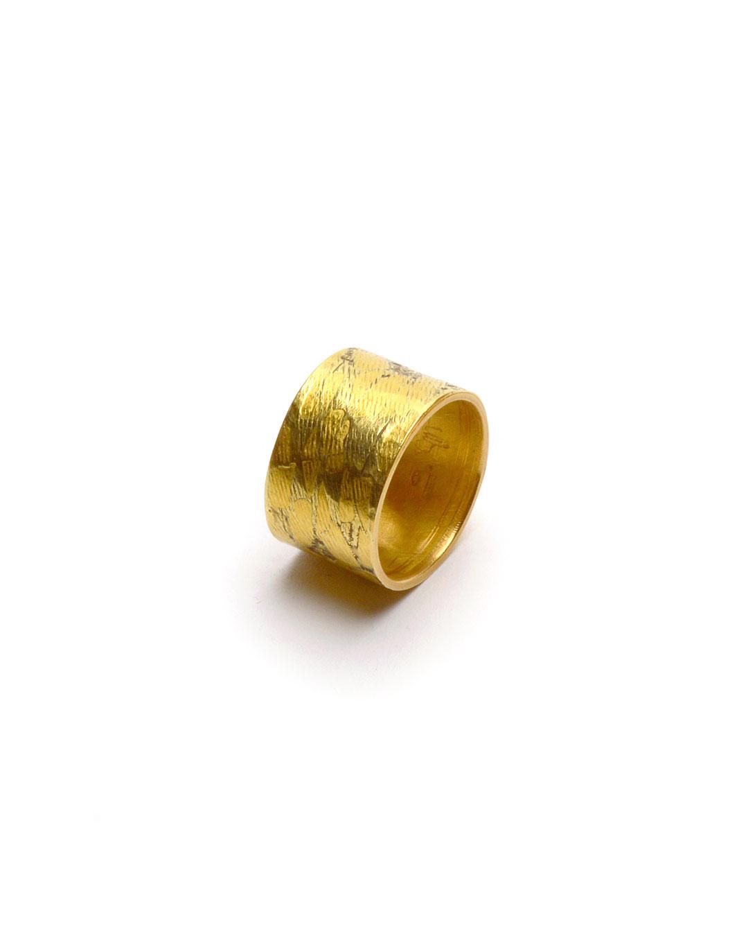 Stefano Marchetti, untitled, 2000, ring, gold, 20 x 20 x 12 mm, €5000