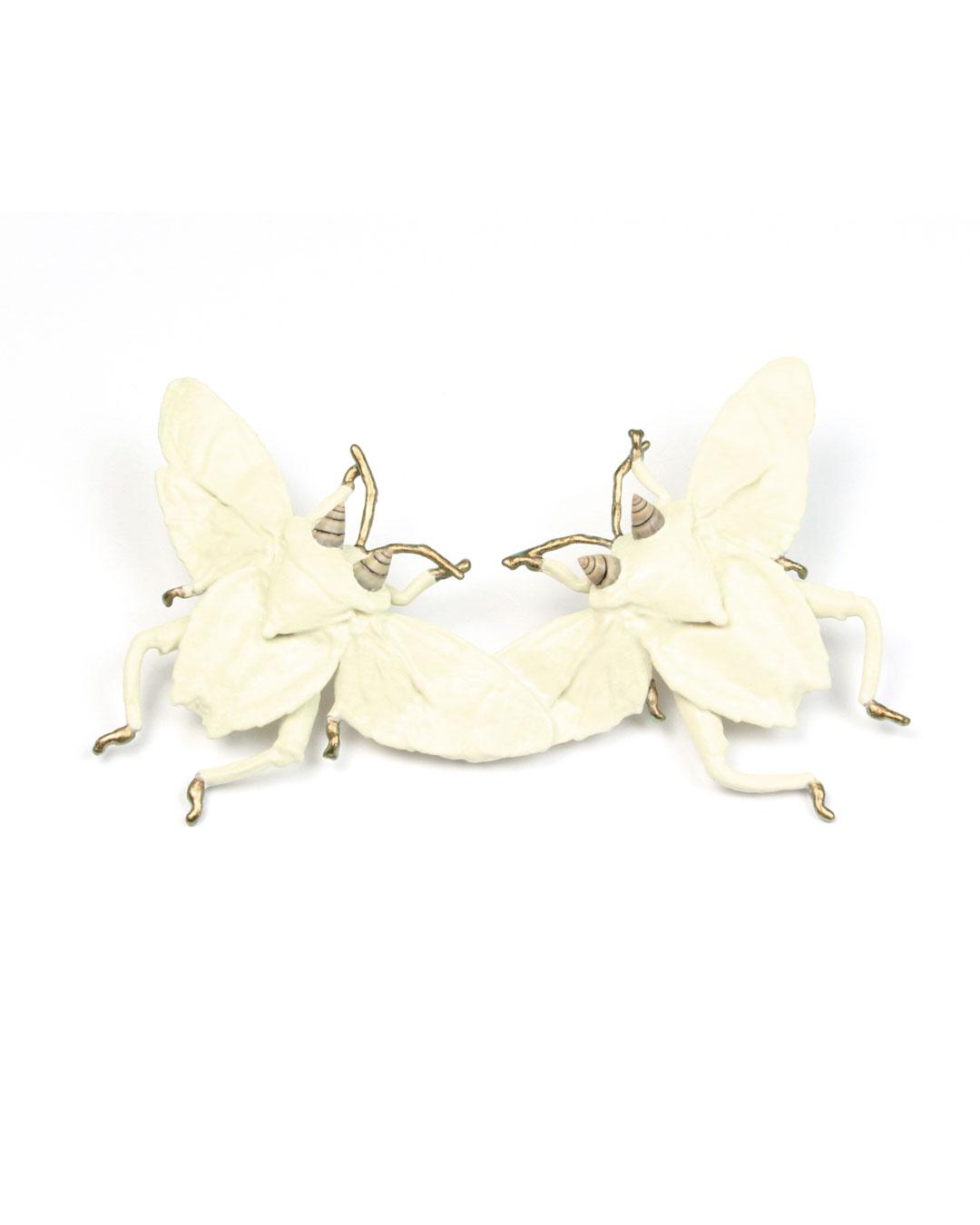 Märta Mattsson, Tweedledee & Tweedledum, 2019, brooch; beetles, copper, lacquer, resin, seashells, silver, 105 x 80 x 30 mm, €1850