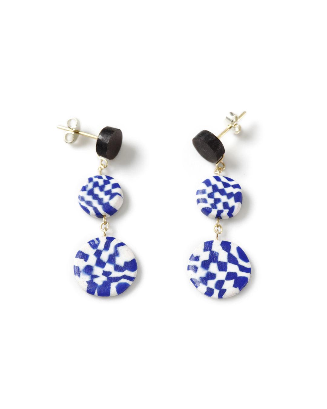 Julie Mollenhauer, untitled, 2012, earrings; Fimo, gold, horn, 37 x 14 x 3 mm, €880