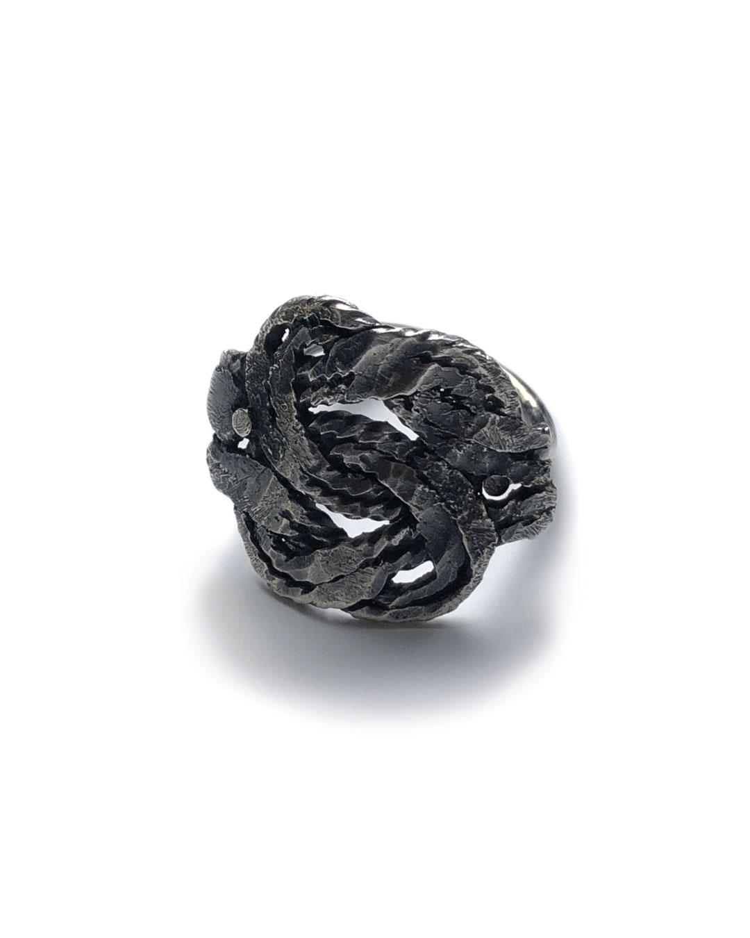 Chequita Nahar, Matti, 2017, ring; silver, 22 x 22 x 19 mm, €295