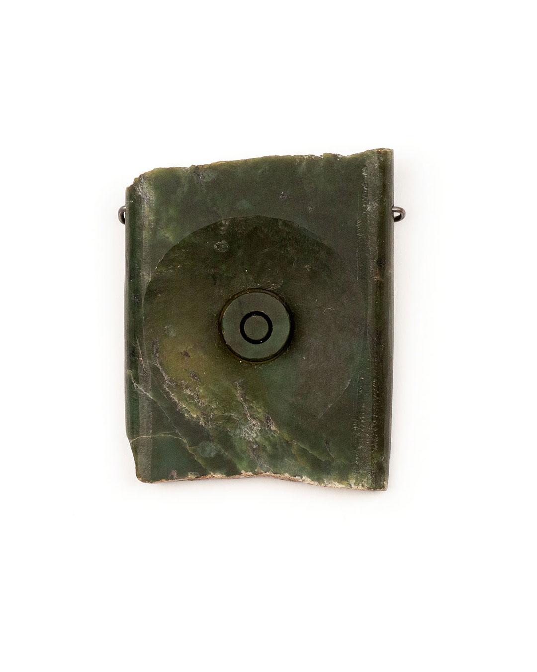 Pavel Opočenský, untitled, 2000, brooch; nefrite, 54 x 68 x 17 mm, €1265