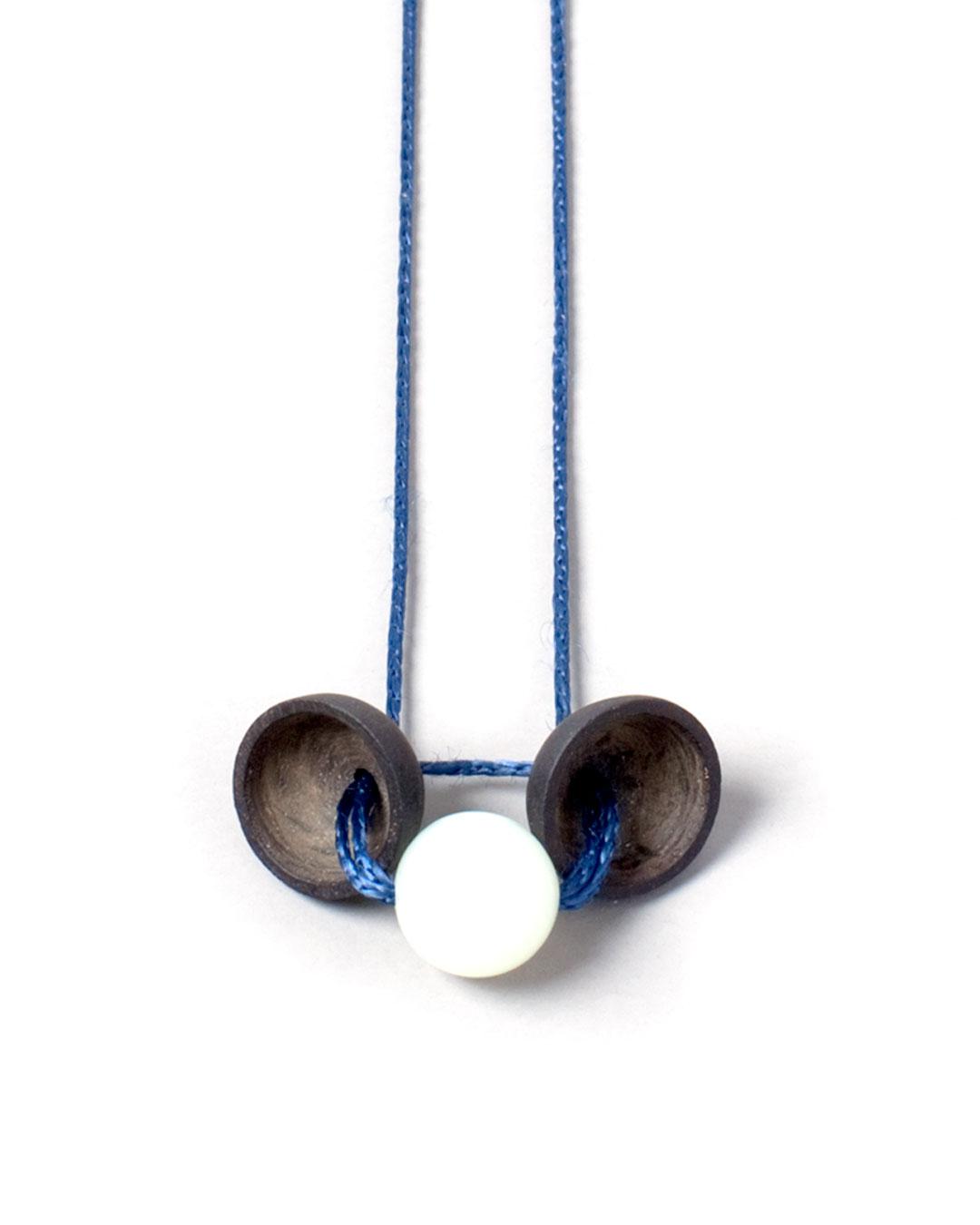 Florian Weichsberger, Eclipse, 2011, pendant; jade, jet, silk, ø 10 mm, €450