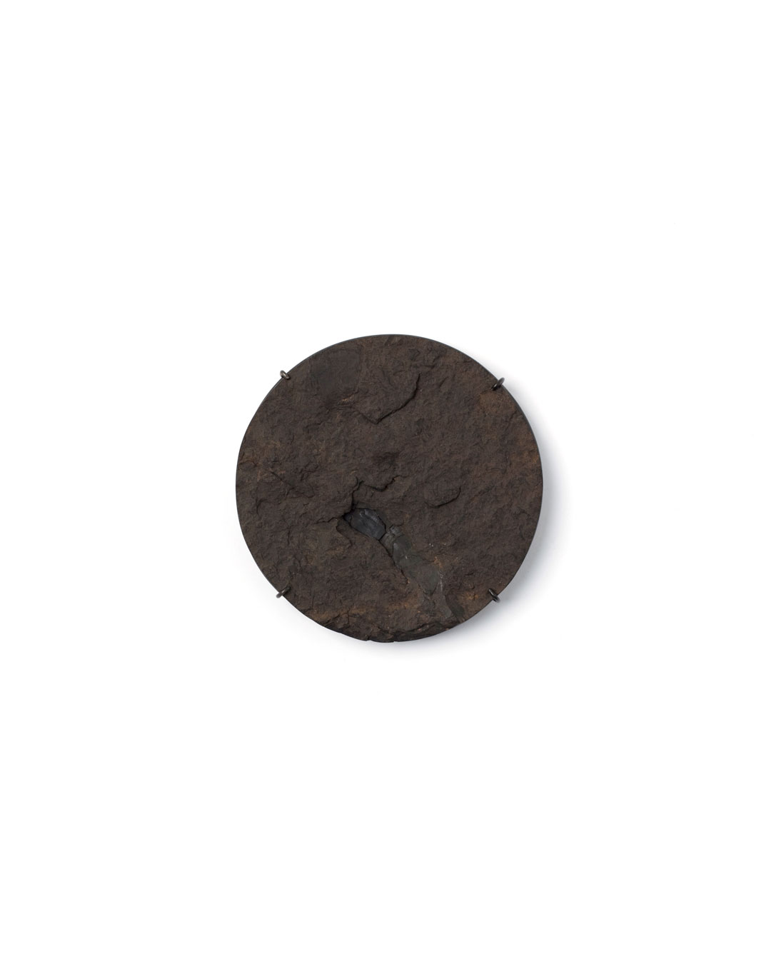Florian Weichsberger, Earth #5, 2019, brooch; jet, iron, steel, 90 x 95 x 13 mm, €1170