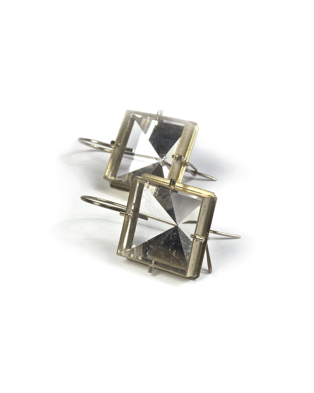 Andrea Wippermann, untitled, 2004, earrings; white gold, rock crystal, 48 x 24 x 25 mm, €2450