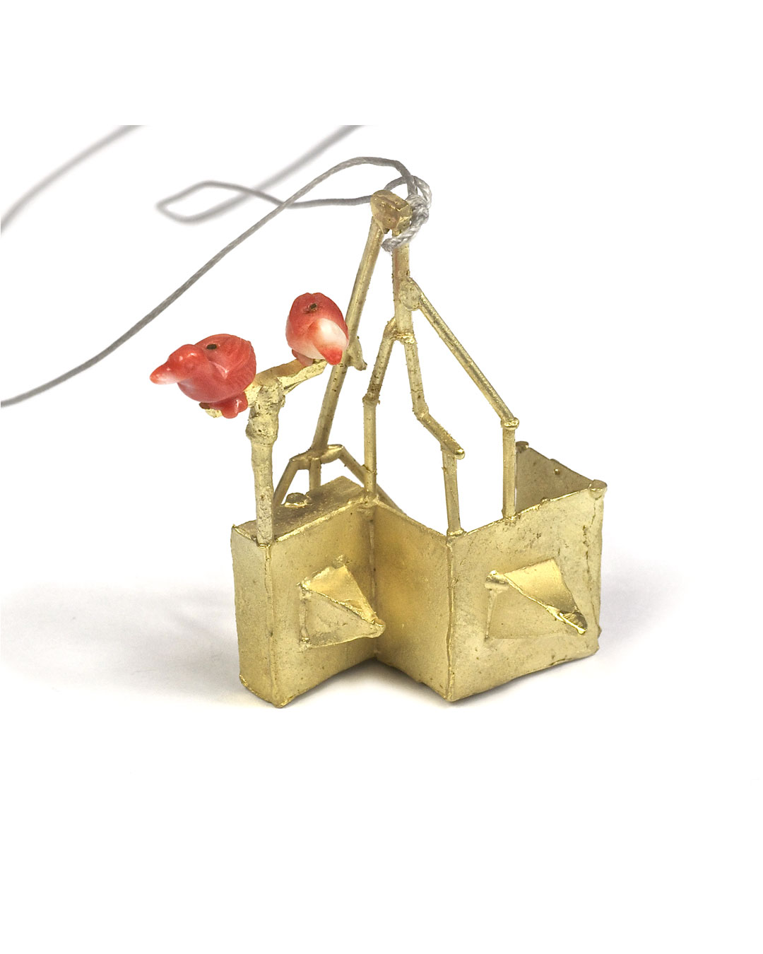 Andrea Wippermann, Enten über der Stadt (Ducks above Town), 2005, pendant; 14ct gold, coral, 48 x 45 x 32 mm, €2700