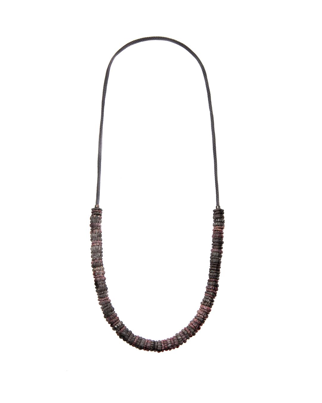 Barbara Schrobenhauser, Small Transformation, 2015, necklace; shibuichi, string, 720 mm, €1335