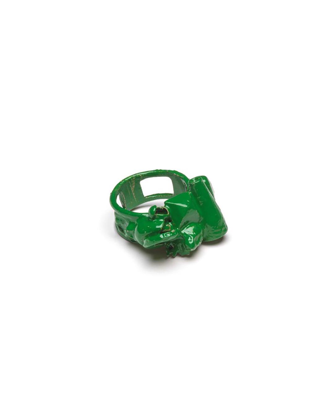 Doron Taubenfeld, zonder titel, 2009, ring; metaal, verf, 30 x 25 x 18 mm, €350