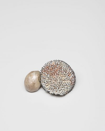 Sam Tho Duong, Look, 2015, brooch; silver, freshwater pearls, nylon, €2100