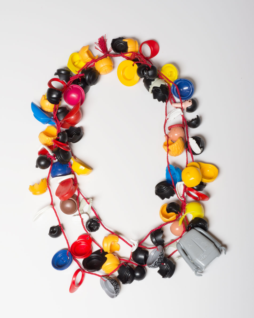 Lisa Walker, untitled, 2018, necklace; Playmobil, cord, €2180