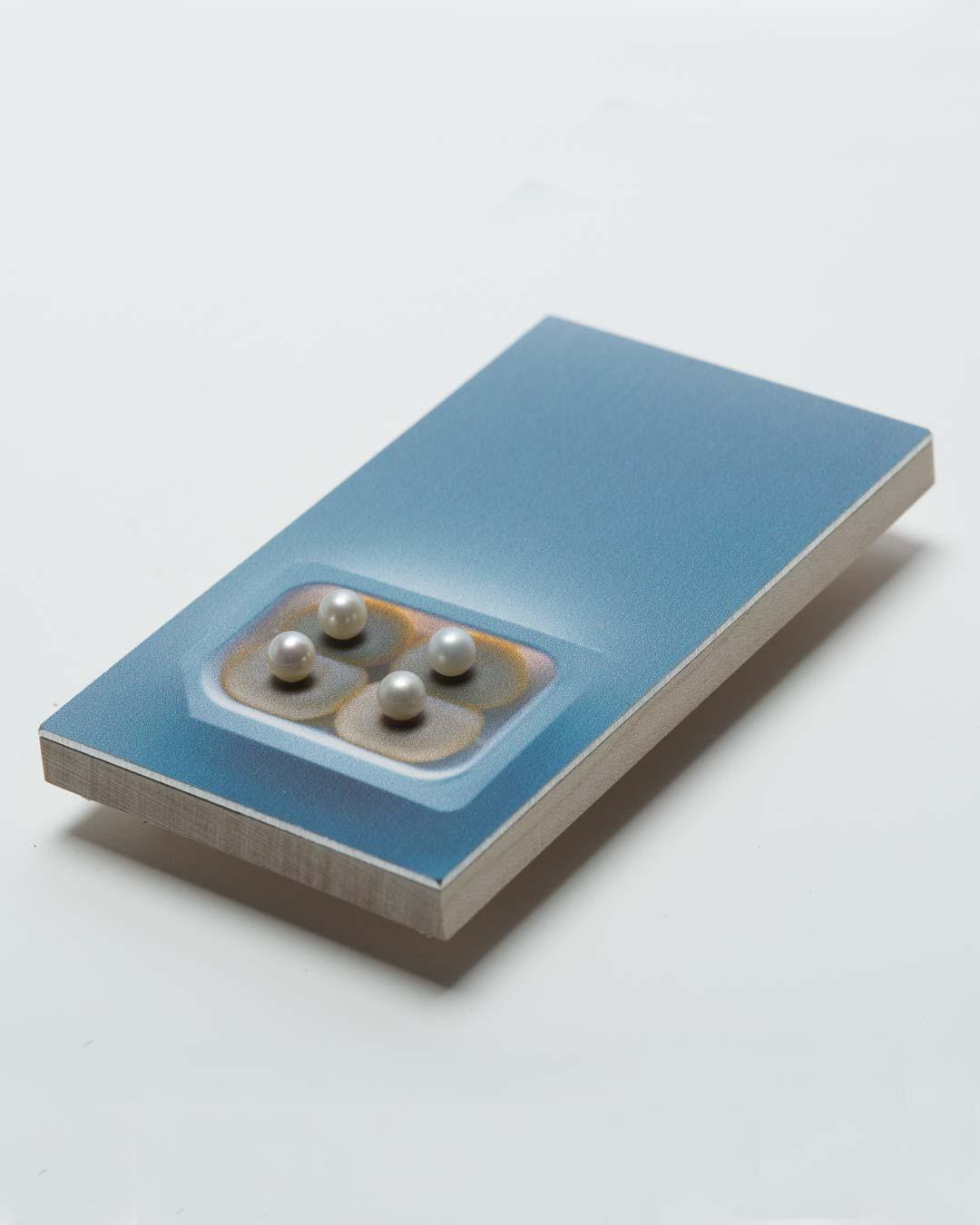 Herman Hermsen, Butternuts, 2017, brooch; print on aluminium, wood, freshwater pearls, 79 x 45 x 17 mm, €230